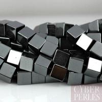 Perles cubes en hématite - 8 mm
