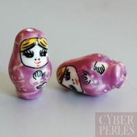 Perle poupée russe en porcelaine - parme