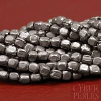 Perles artisanales en laiton - argenté antique