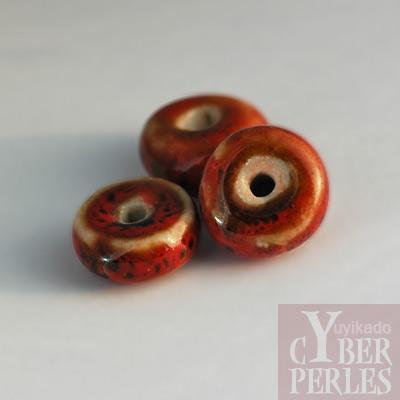 Perle rondelle en porcelaine - rouge