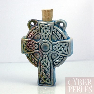 Pendentif-fiole ceramique raku - croix celtique
