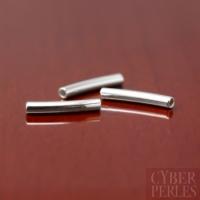 Tube courbe en argent - 1,5 x 10 mm