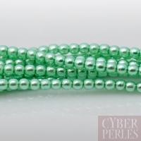 Perles tchèques nacrées 2 mm - vert tendre
