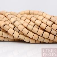 Cylindres arrondis en bois blanc des Philippines
