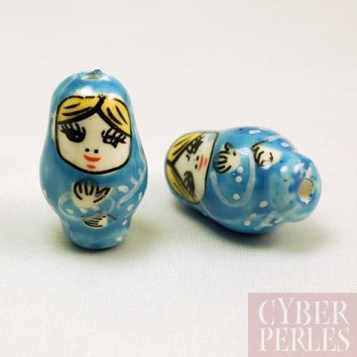 Perle poupee russe en porcelaine - bleu ciel