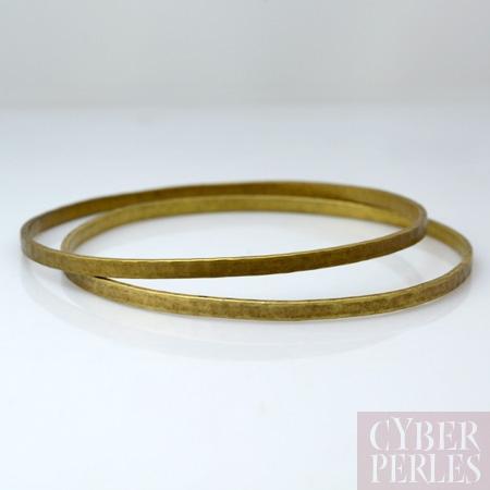 Bracelet rigide martele en laiton - L